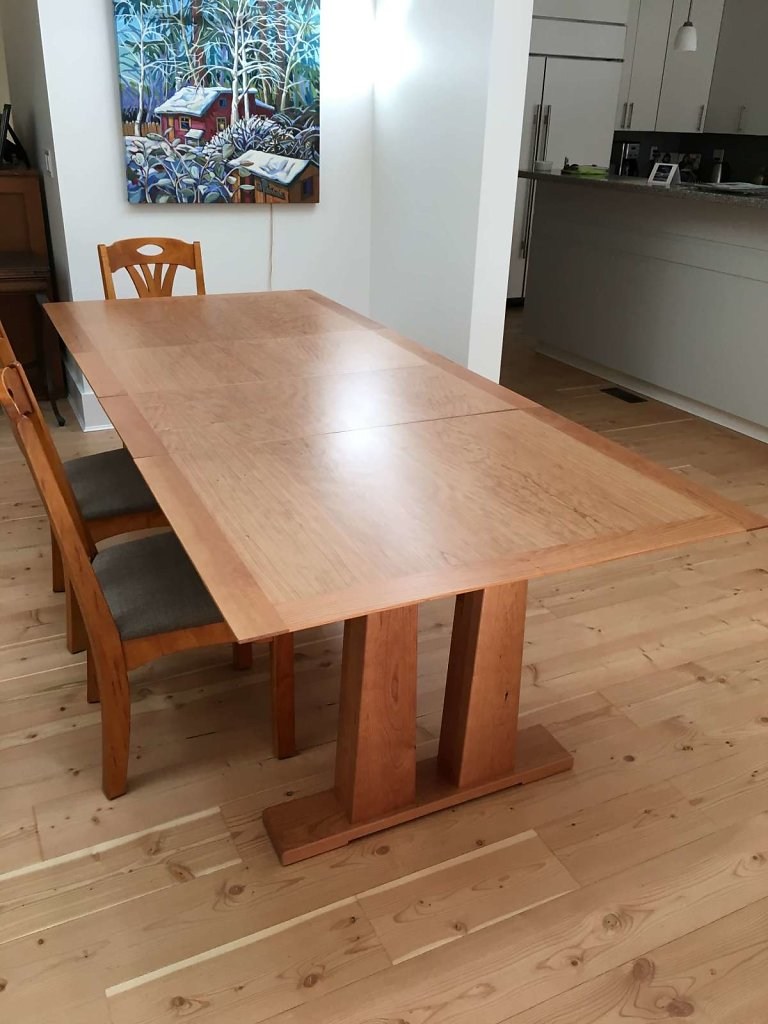 Cherry Trestle Table With Leaves